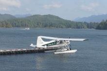 头一次近距离的看到水上飞机