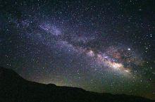 死亡谷是第2次来。这次住到了炎热的谷底,拍到了最漂亮的星空。死亡谷是全世界有名的暗夜地。