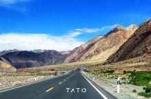#行色·TATO#斯姆哈纳村,这是刘的建议,那是 喀什 的最西点,那是祖国的最西端,我们都同意,于是