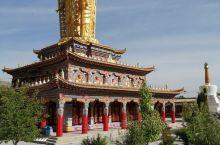 """同仁吾屯下寺始建于1385年,1987年开放,系国家级文物保护单位,在寺僧人97名,寺主为活佛""""智格"""