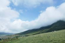 今天给大家分享冶勒湖旅行安利。 这是新晋网红旅行地喔~ 地址:四川冕宁    推荐季节5-10月。
