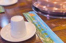 从宁夏回到内蒙,来到鄂尔多斯,尝一尝当地特色美食——冰煮羊。