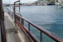 土耳其的爱琴海 包个游艇出海去~ 这风景太美了! 这回忆太妙了! 流连忘返…