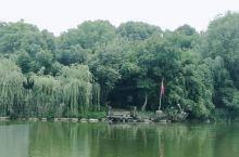 湖光山色,大美湘湖,跨湖桥遗址,八千年的历史,中华文明的发源地。有山有水有文化,好地方。
