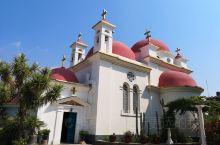 加利利湖畔的明珠~Greek Orthordox Church  从彼得献心堂开车出发,不远处远远就