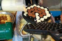 鸡蛋饼,现烤的,小朋友的最爱呢