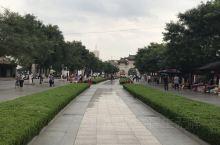 天水伏羲庙——伏羲庙址位于天水市秦城区西关伏羲路,是目前我国规模最宏大、保存最完整的纪念上古