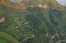 24拐滇缅抗战公路及加油站。