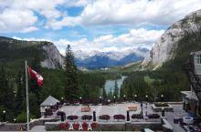 春夏的banff景色非常好,也是一年当中旅客最多的时候,注意提前规划行程