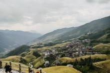 2019年10月20日,由象山至龙胜龙脊梯田,多云。路上导游说明天桂林有自行车赛,加上是周末,所以会