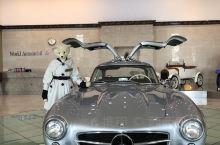 汽车博物馆 小男孩和爸爸的乐园  在哪?济州汽车博物馆 在西归浦市 我们住神话度假酒店 开车过去十分