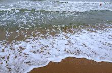 北戴河,最好的季节是七八月份,海鲜味道还是不错的,因为距离比较近,所以两三天小长假来正合适,一定要提