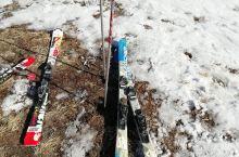 第一次滑雪,别摔了好多次,看来以后还需要练习啊!盘山滑雪场。
