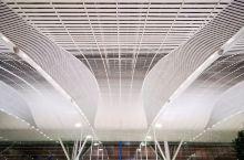 韩国自由行 • 仁川国际机场2号航站楼  这次韩国之旅搭乘的是大韩航空的往返航班,经由仁川国际机场最