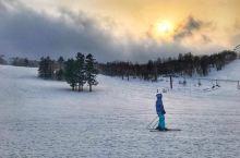 札幌手稻(Teine)滑雪场         去北海道怎么能不去滑滑雪?不得不说手稻是大家最喜欢的滑