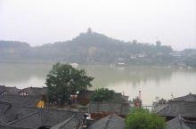 """有2300多年的建城历史的阆中古城号称""""天下第一江山"""",向为古代巴蜀军事重镇。它位于四川盆地北缘、"""