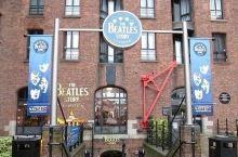 披头士博物馆展出了很多的音乐相关的作品的