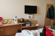 第一次入住银座佳驿酒店,性价比超级高,洗手间还是日式整体洗手间,很干净卫生,床够大,插座比较多,还有