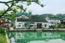 欢潭村,是萧山众多美丽乡村中的一个样板村。这个有着近千年历史的古村落,流传着岳飞引军笑饮欢潭水的美丽