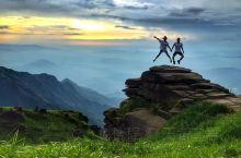 武功山的风景在江西的名山中的名气远不如庐山,三清山和龙虎山,但其风光却毫无逊色于上面这些名山,可算是