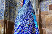 沙阿清真寺,现名伊玛目清真寺,是伊朗伊斯法罕的一座清真寺,位于伊玛目广场南侧。 伊玛目清真寺是波斯建