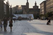 皮拉尔广场