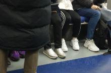 昨天,地铁上遇到的漂亮韩国小姐姐,啊。。。。是心动的感觉,怎么办才好,还能再次见到你吗?期待哦