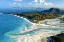 《加勒比海盗5》中令无数人向往的沙滩海岸,取景地就在汉密尔顿岛,岛上的高尔夫球车是代步工具,Tiff