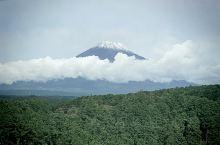 【行程攻略】 行程安排:逛完日本本土位于富士山脚下最大的奥特莱斯店后,迎着阳光上山,富士山日本最高峰