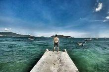 带着老婆逛世界之越南汉潭岛 汉潭岛是芽庄外海的一个很出名的海岛,到了码头就要买门票,成人门票3000