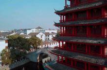 很多人来到省城唯一的一座5A景点后都会大失所望,三河古镇真的没啥好玩的吗?小桥流水、名人故居、民俗展