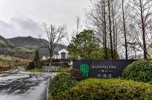 我们都知道黄山虽然作为世界级的旅游城市,但是它的酒店行业的价格并不高,一般在旅游旺季也就是500左右
