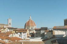 佛罗伦萨乌菲兹美术馆必看的八幅画作 乌菲兹Uffizi作为佛罗伦萨最具影响力的美术馆几乎包揽了高中美