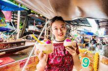 因为很多影视剧的取景,丹嫩沙多水上市场成了泰国最受欢迎的水上市场,据说已经拥有百年历史。一条条满载货