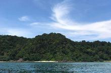 度假天堂 这次去马来西亚,我最满意的景点就是热浪岛海洋公园啦~这是我去过最满意的小岛,价格比马尔代夫