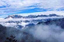 西岭雪山景点众多,如果要评选一个西岭雪山之最的话,那么我肯定要把这一票投给阴阳界的。 无论哪次来,看