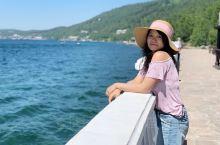 贝加尔湖为这次俄罗斯之旅画上圆满的句号。这里和北京没有时差,飞两个半小时就到了,比新疆还要近,还能体