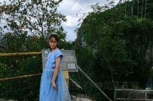 上山的路上风景优美,玻璃桥惊险刺激!