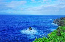 塞班岛 世界上所有的海岛都可以有碧海蓝天, 塞班岛不是一个度假的理想之地,它更像一个巨型的水上乐园,