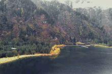 在湖面上走一圈