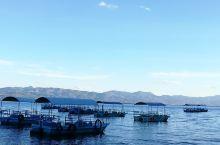 抚仙湖其实是一个堰塞湖,它以辽阔~静美~富饶打动了所有人
