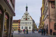 好多次来这里了!每每看到家里的咕咕钟就会想起这个古老而又宁静的城市。