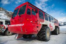 加拿大|93号公路-冰原大道游玩推荐 冰原大道有两个游玩项目,坐大脚车和天空步道,套票109加元,购