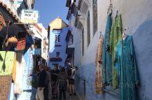 舍夫沙万蓝白小镇是摩洛哥西北一座山城,建于1471年,以蓝色小镇而闻名
