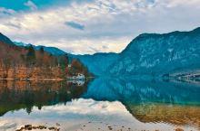 坐落于西北部朱利安阿尔卑斯山的特里格拉夫国家公园,是斯洛文尼亚唯一的国家公园,同时也是欧洲最古老的公