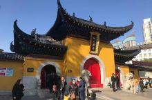 建于1658年的归元禅寺,位于汉阳区翠微路,是中国湖北省武汉市的一座著名佛教曹洞宗寺院,武汉的佛教四