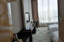 提前预订莫愁湖国际大酒店,免费停车,附近景点出行都是十分方便的!入住时告诉给我直接免费升级了贵宾房,