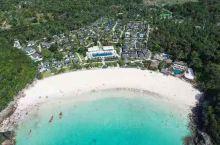 航拍普吉岛一角,美得让人心醉,海水的颜色真的很独特,沙滩的松软程度也很舒服,而且深浅也很不错,价格比