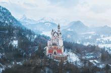 """童话般的德国新天鹅堡,背后就是连绵不绝的阿尔卑斯雪山[太阳] 为了拍到这张照片也算是""""三顾茅庐""""了,"""