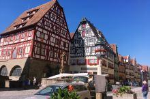 欧洲之行的最后一个景点——德国的罗滕堡,没想到让我如此的惊艳与印象深刻。这里没有高楼大厦,也没有豪华